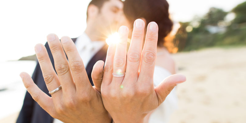 plain wedding rings and sets