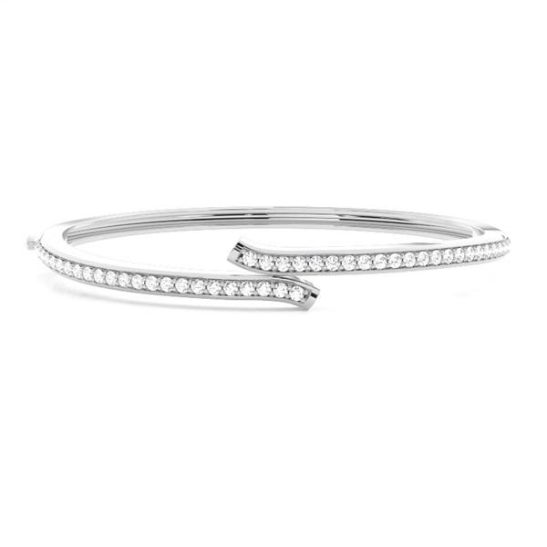 Runde Diamanten Pave gefasst in einem  Armreifen