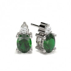 4 Prong Setting Emerald Stud Earring