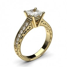 Diamant Verlobungsring in einer Krappenfassung mit großen Schulter Diamanten - CLRN1_16