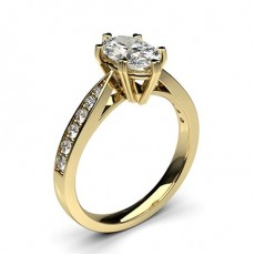 Diamantring in einer Krappenfassung mit medium Schulter Diamanten - CLRN26_05