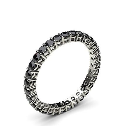 Eternity Schwarze Diamant Ring in einer Krappenfassung