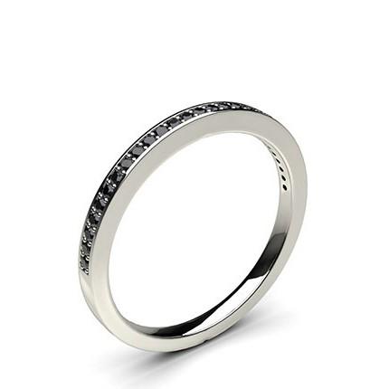 Halb Eternity Schwarzer Diamant Ring in einer Pavefassung