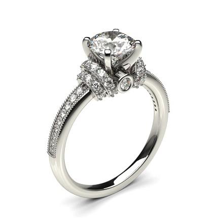 Bague de fiançailles solitaire épaulé diamant serti 4 griffes carrées et pavé