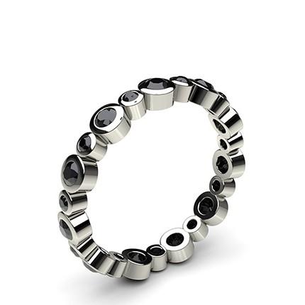 Schwarze Diamant Memoire Ring in einer Zargenfassung