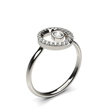 Runder Petite Diamantring in einer Zargen und Krappenfassung