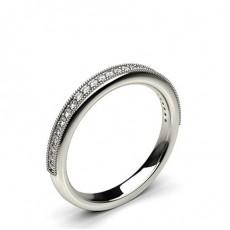Bague épaulée halo diamant noir serti clos