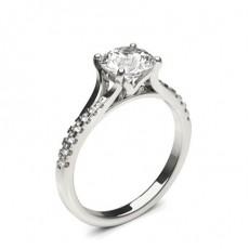 Diamant Verlobungsring in einer Krappenfassung mit Schulter Diamanten - CLRN1382_01