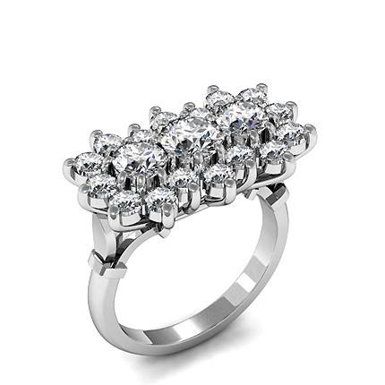 Runder Diamant-Clusterring in einer Krappenfassung