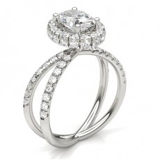 Oval Halo Diamond Engagement Rings