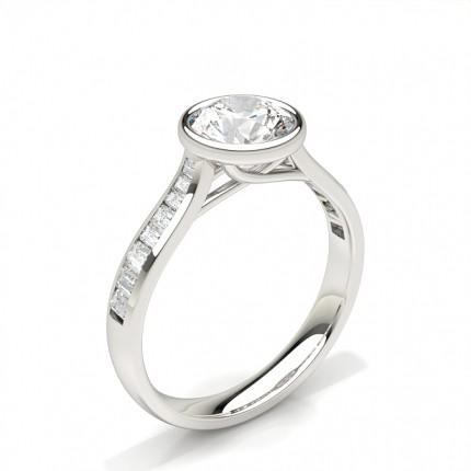 Bague de fiançailles solitaire épaulé diamant rond serti 4 griffes et rail