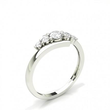 5 Diamanten Ring in einer Krappenfassung