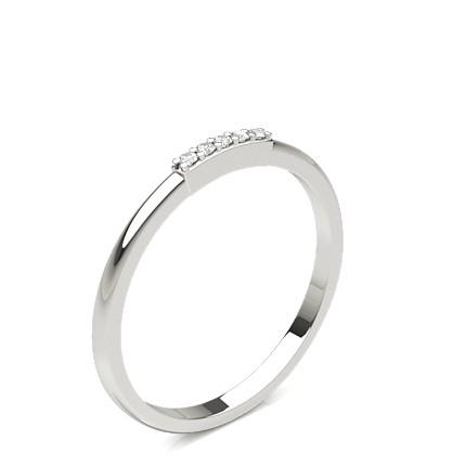 5 Diamanten Ring in einer 4-Krappenfassung