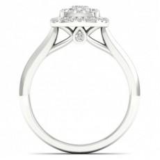 Bague en grappe de diamants princesse sertie micro pavé