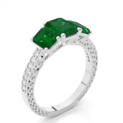Prong Setting Emerald Vintage Ring