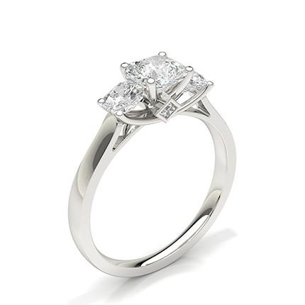 Bague de fiançailles diamant trilogie sertie griffes