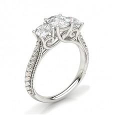 Kissen Diamond Rings Three Stone
