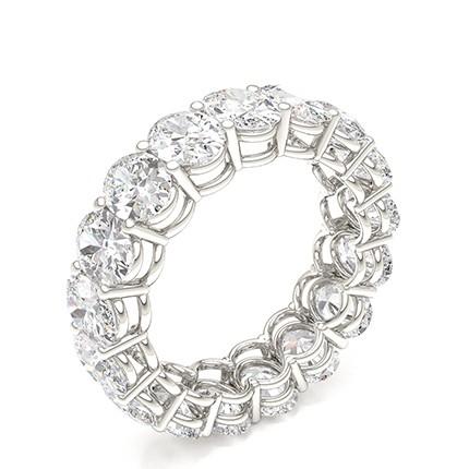 Bague déternité pleine diamant ovale serti griffes